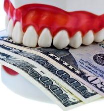 Dantų implantų kaina